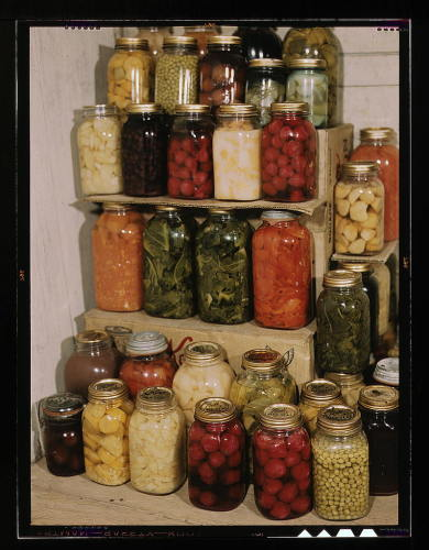 canning-food-preserves-438295-l