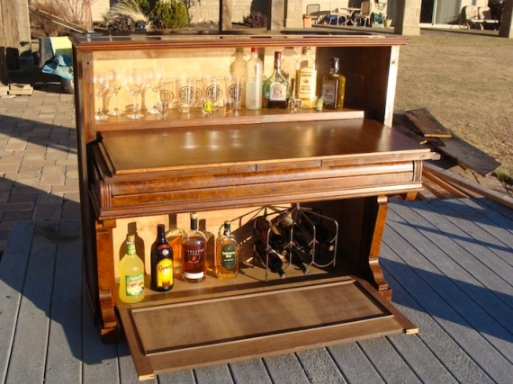 Repurposed-piano-full-bar-and-cabinet