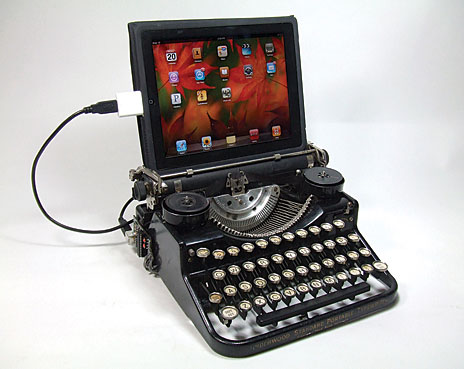 typewriterwithscreen1
